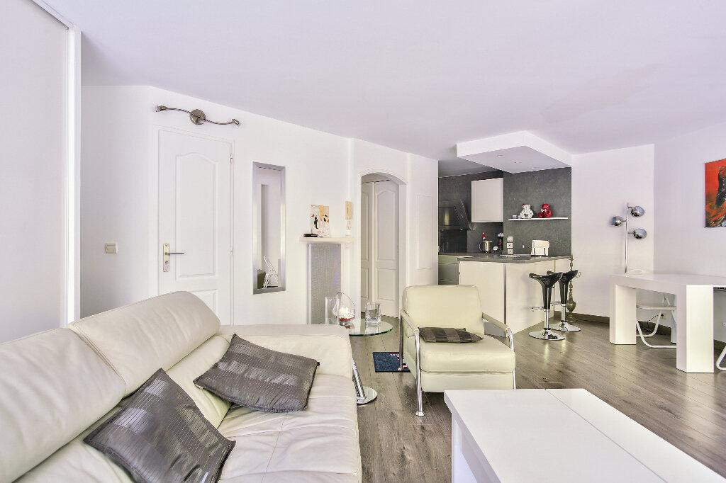 Appartement à vendre 2 51.6m2 à Mandelieu-la-Napoule vignette-8