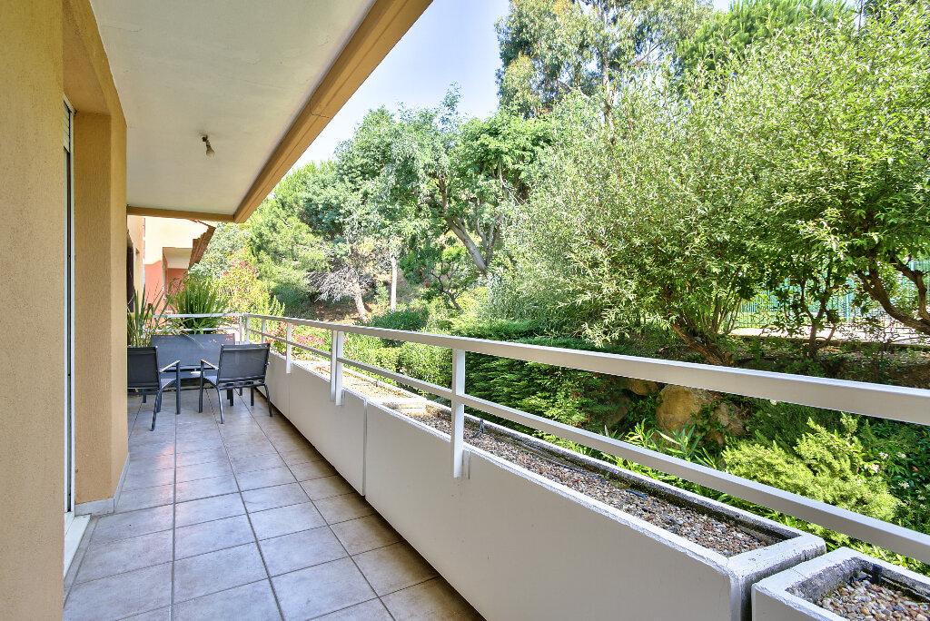 Appartement à vendre 2 51.6m2 à Mandelieu-la-Napoule vignette-9