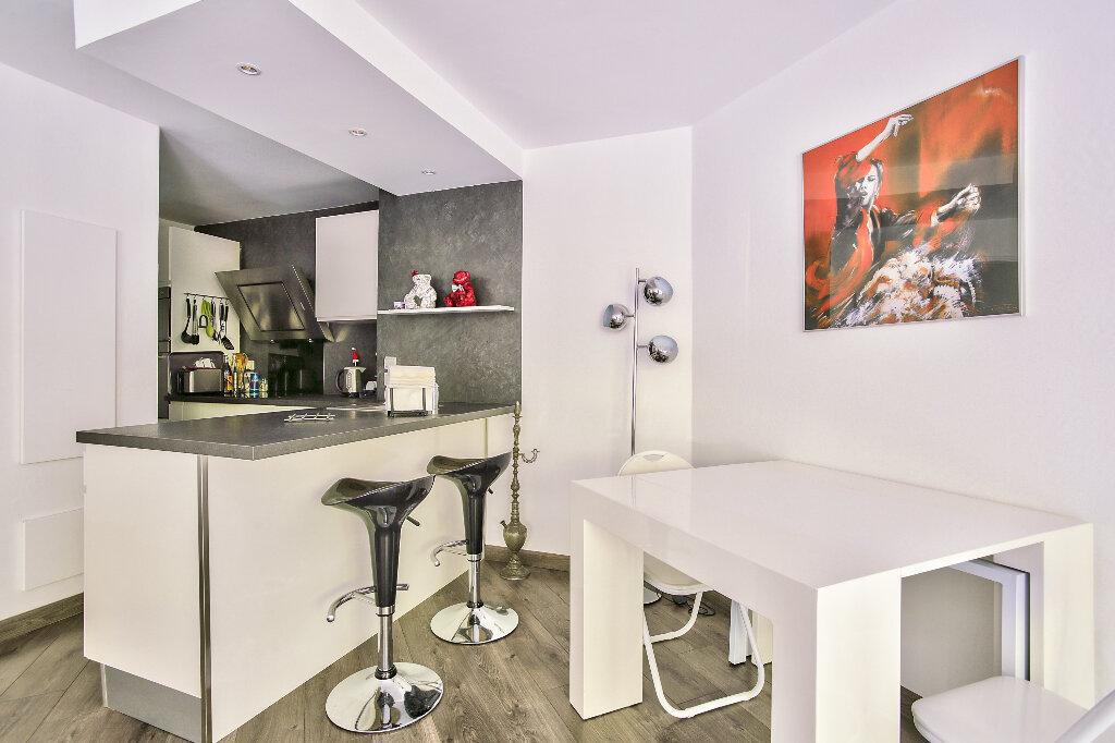 Appartement à vendre 2 51.6m2 à Mandelieu-la-Napoule vignette-10
