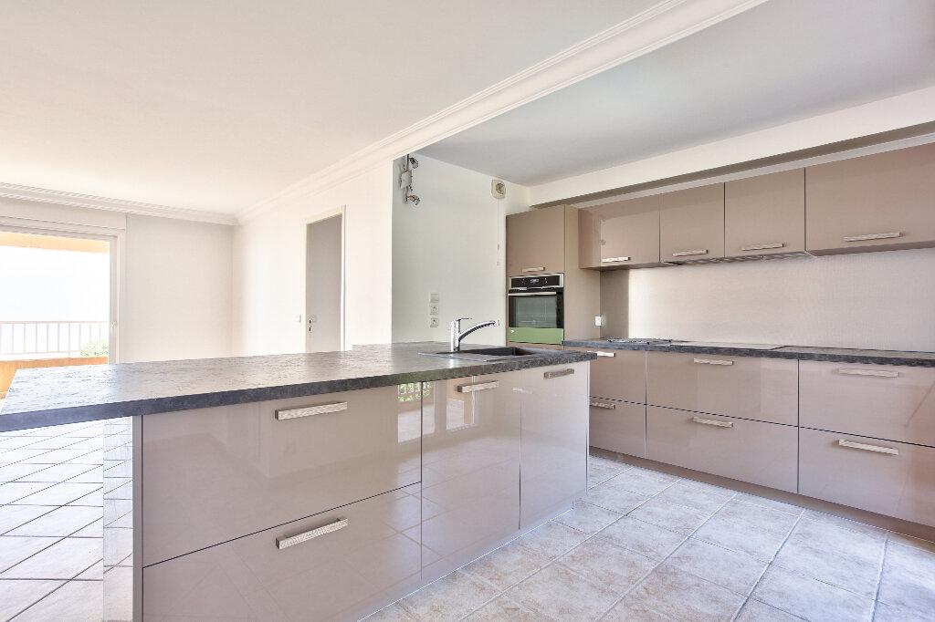 Appartement à vendre 4 106.14m2 à Mandelieu-la-Napoule vignette-8