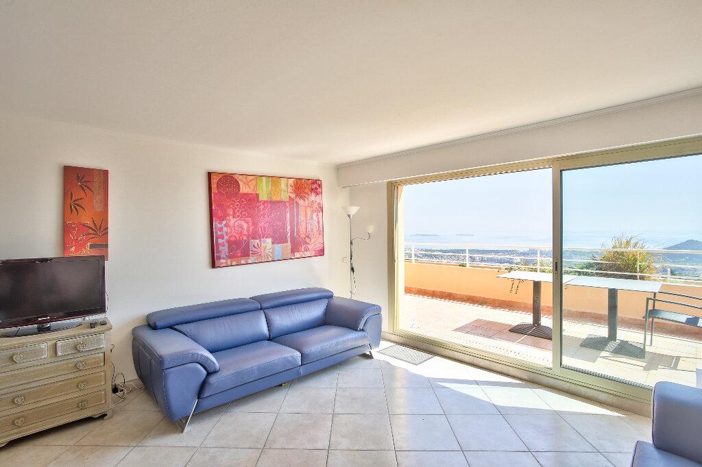 Appartement à vendre 3 62.65m2 à Mandelieu-la-Napoule vignette-6