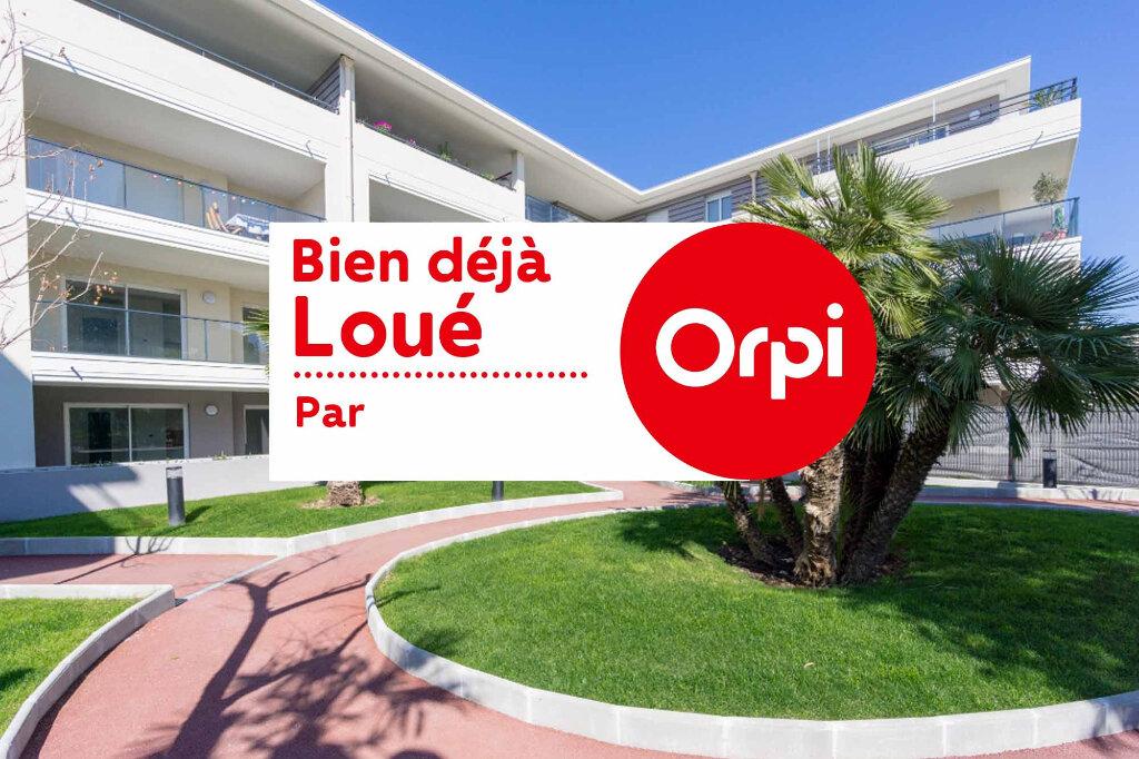Appartement à louer 1 27.3m2 à Mandelieu-la-Napoule vignette-1