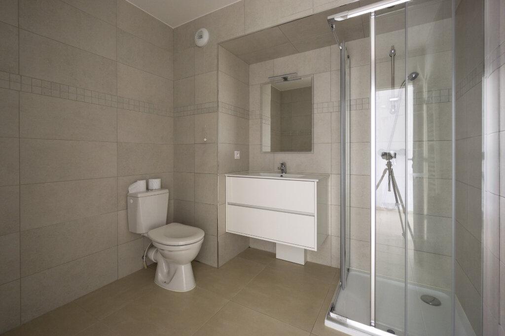 Appartement à louer 1 27.3m2 à Mandelieu-la-Napoule vignette-3
