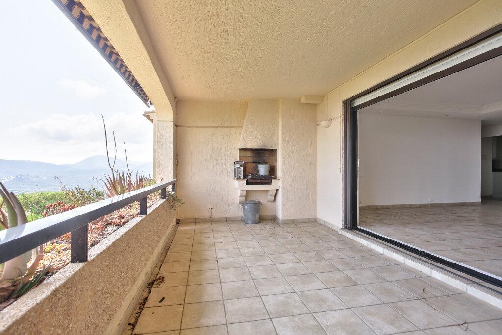 Appartement à louer 3 80.3m2 à Mandelieu-la-Napoule vignette-6