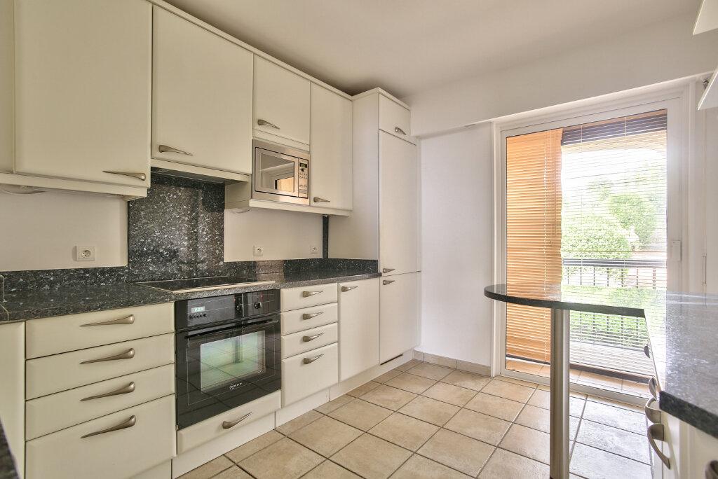 Appartement à louer 3 80.3m2 à Mandelieu-la-Napoule vignette-10