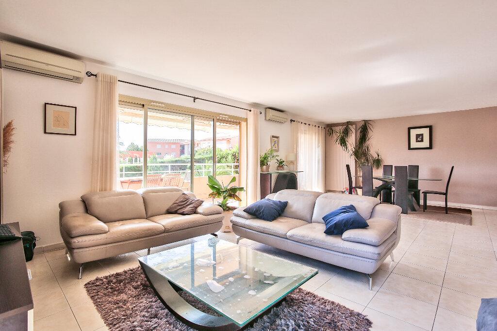 Appartement à vendre 4 103.16m2 à Mandelieu-la-Napoule vignette-3