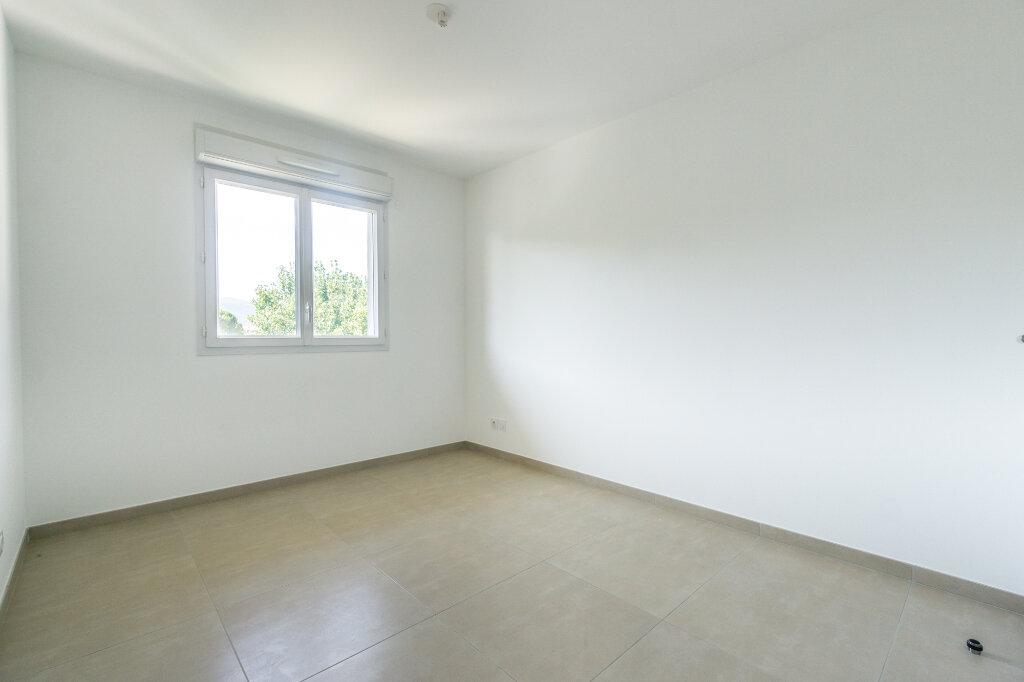 Appartement à louer 4 84.5m2 à Mandelieu-la-Napoule vignette-5