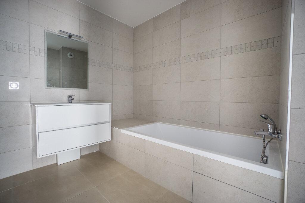 Appartement à louer 4 84.5m2 à Mandelieu-la-Napoule vignette-7