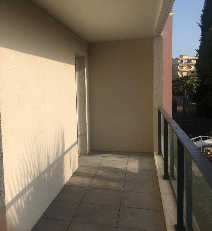 Appartement à louer 4 84.5m2 à Mandelieu-la-Napoule vignette-11