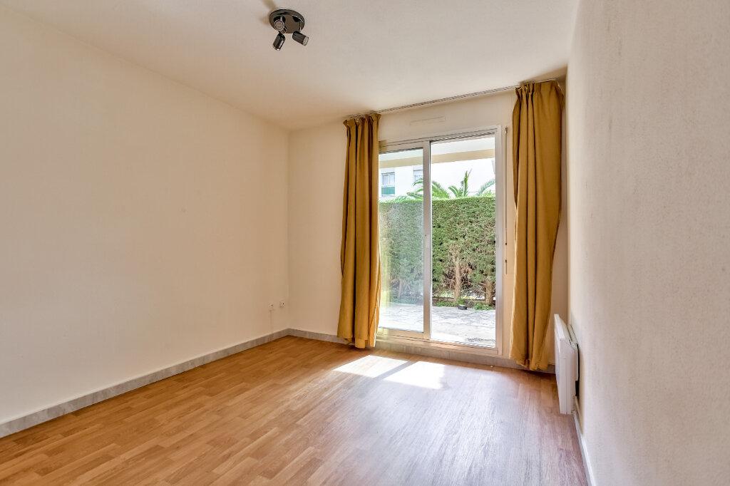 Appartement à louer 1 21.57m2 à Mandelieu-la-Napoule vignette-3