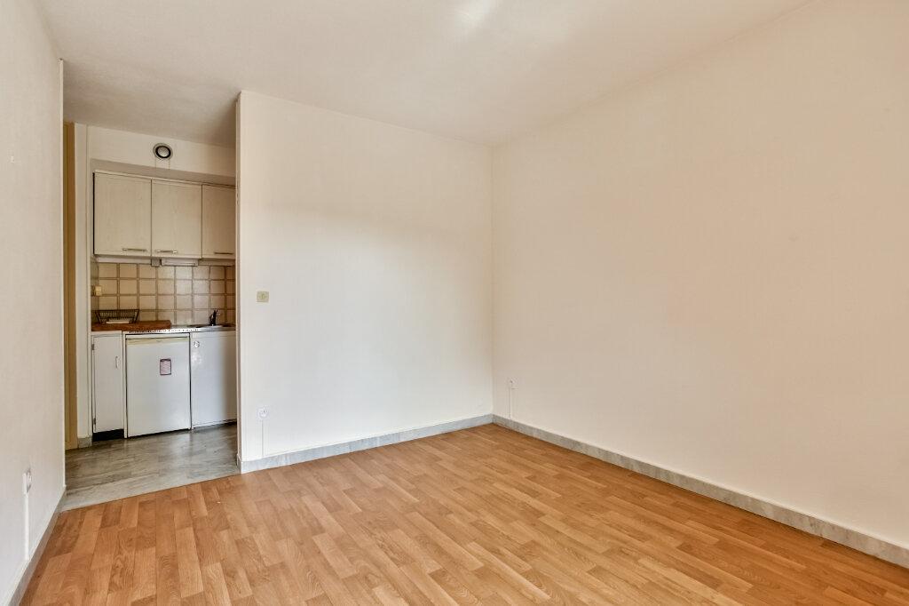 Appartement à louer 1 21.57m2 à Mandelieu-la-Napoule vignette-6