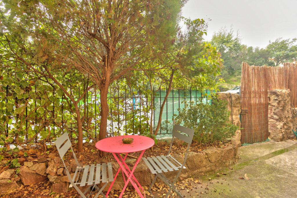 Appartement à louer 2 33.43m2 à Mandelieu-la-Napoule vignette-1