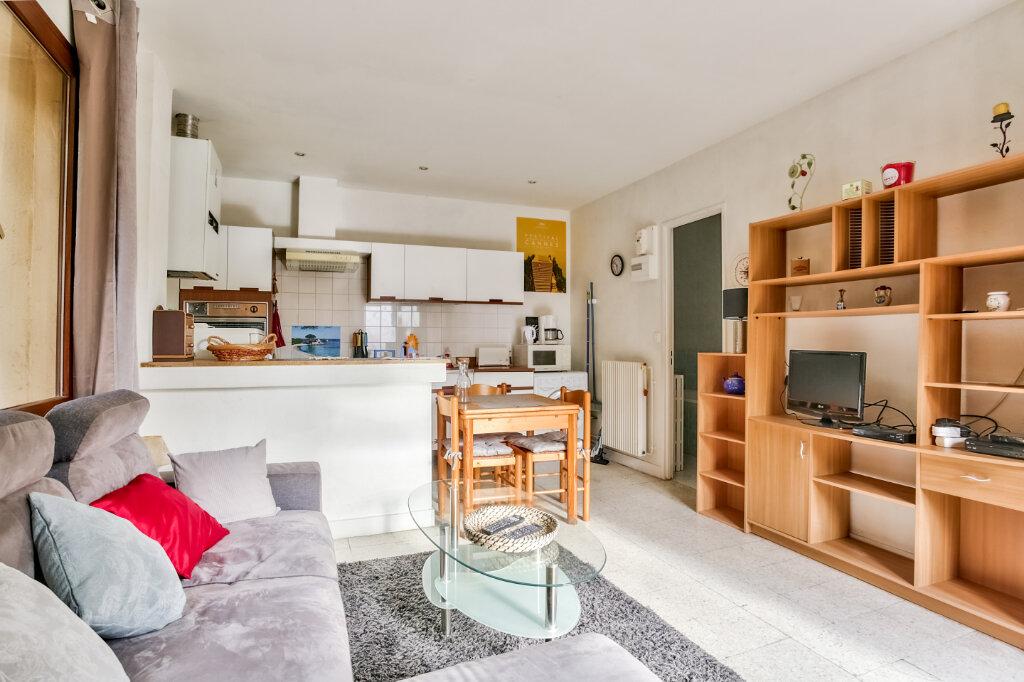 Appartement à louer 2 33.43m2 à Mandelieu-la-Napoule vignette-6