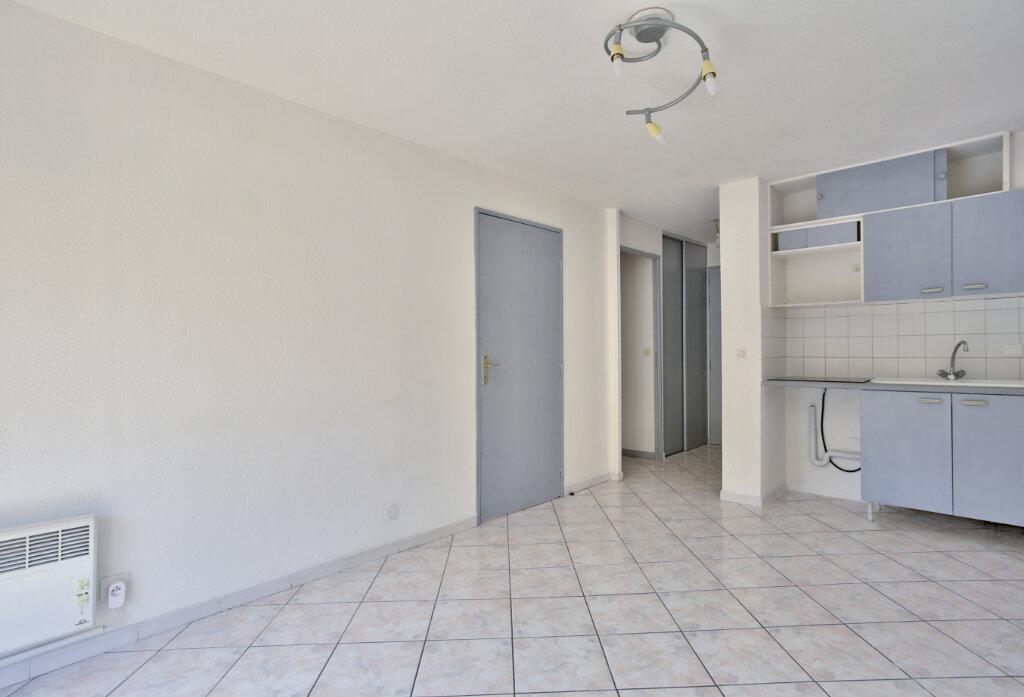 Appartement à louer 2 30.7m2 à Mandelieu-la-Napoule vignette-4