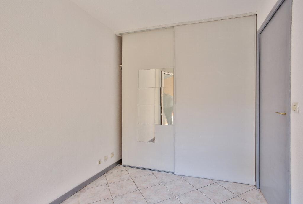 Appartement à louer 2 30.7m2 à Mandelieu-la-Napoule vignette-10