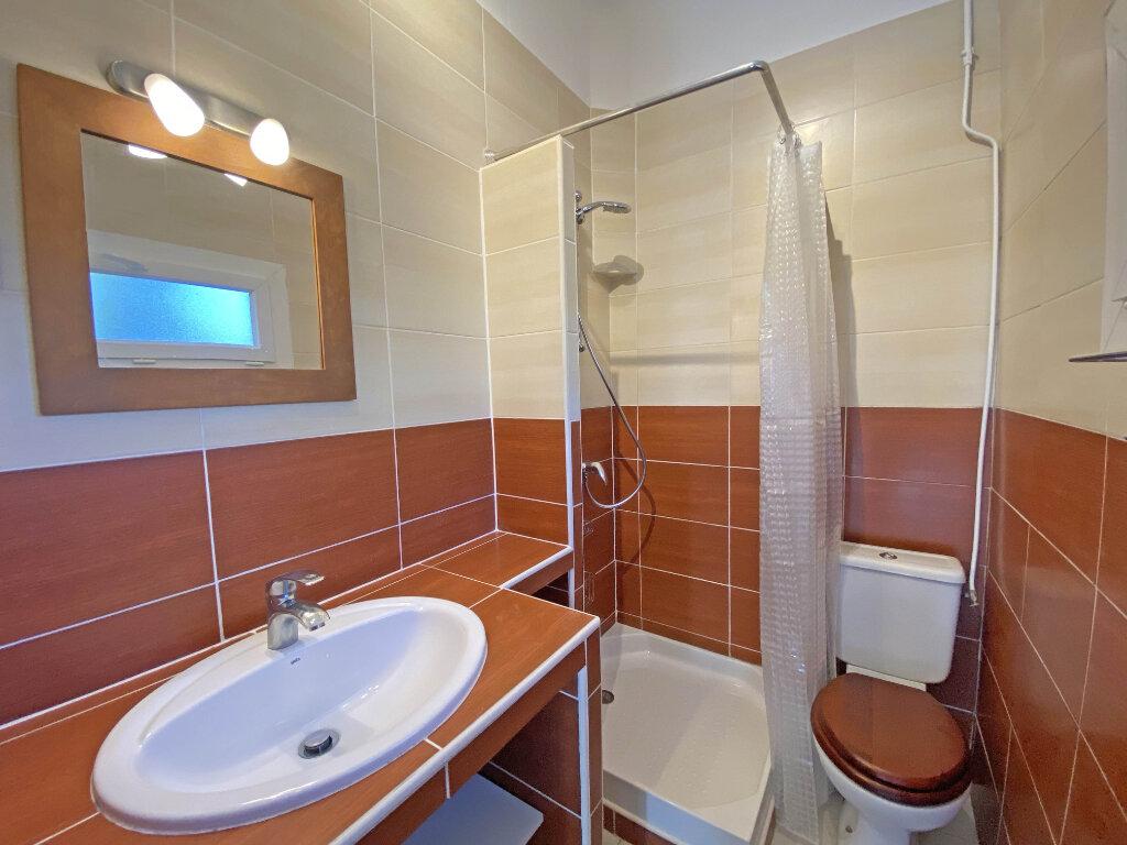 Appartement à louer 2 35.76m2 à Mandelieu-la-Napoule vignette-3