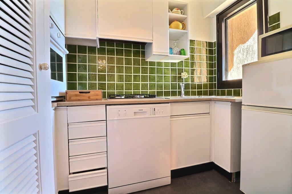 Appartement à vendre 1 30.64m2 à Mandelieu-la-Napoule vignette-5