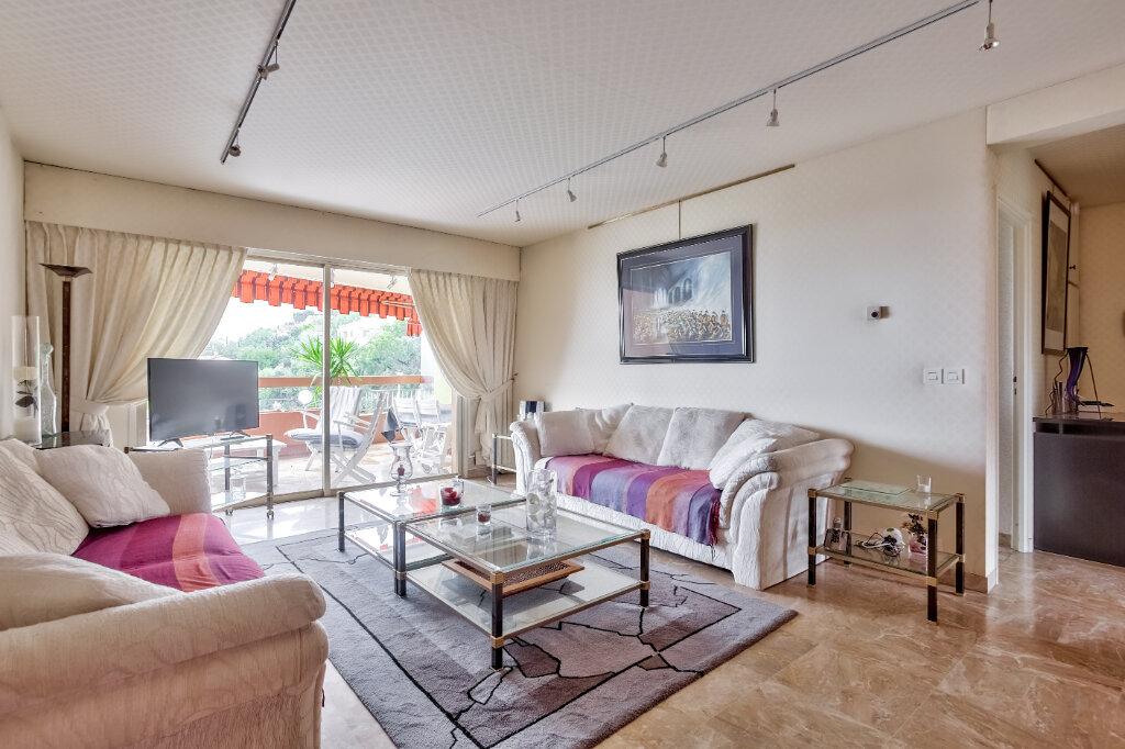 Appartement à louer 3 79.55m2 à Mandelieu-la-Napoule vignette-1