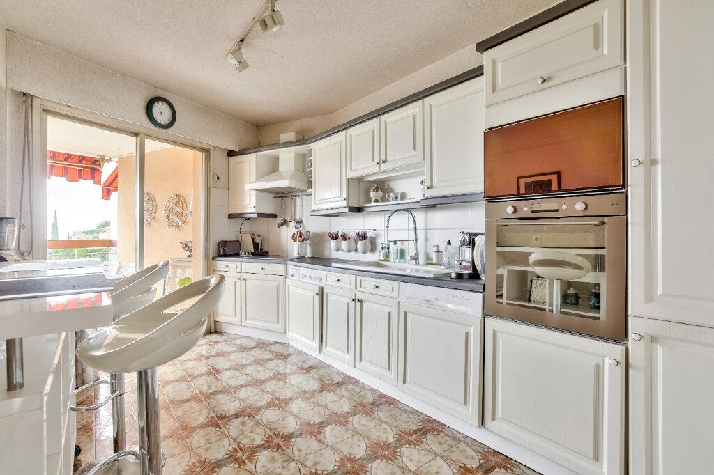 Appartement à louer 3 79.55m2 à Mandelieu-la-Napoule vignette-2
