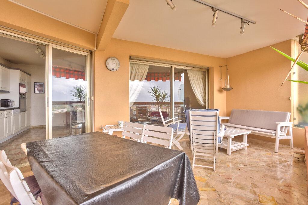 Appartement à louer 3 79.55m2 à Mandelieu-la-Napoule vignette-8