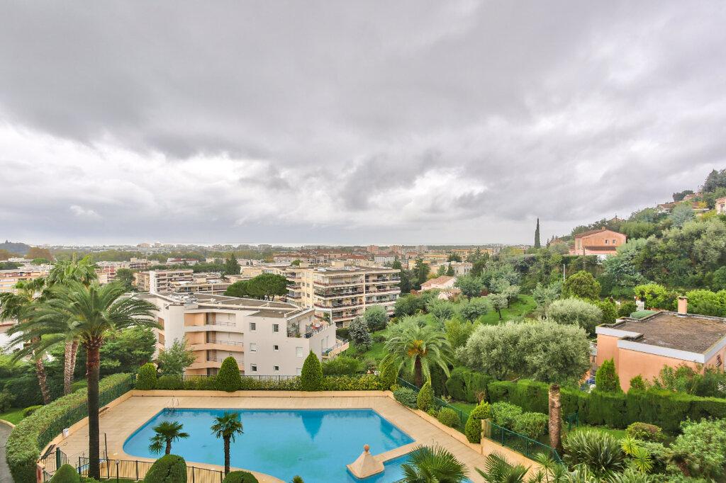Appartement à louer 3 79.55m2 à Mandelieu-la-Napoule vignette-9