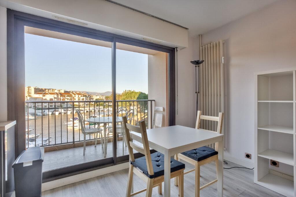 Appartement à louer 1 28.04m2 à Mandelieu-la-Napoule vignette-2