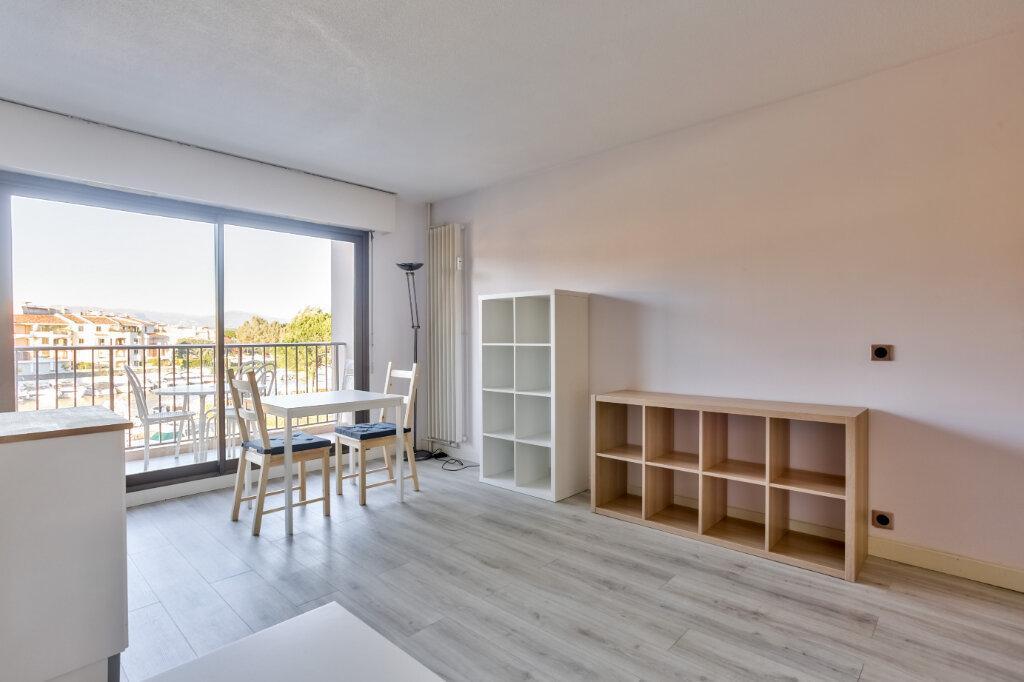 Appartement à louer 1 28.04m2 à Mandelieu-la-Napoule vignette-5