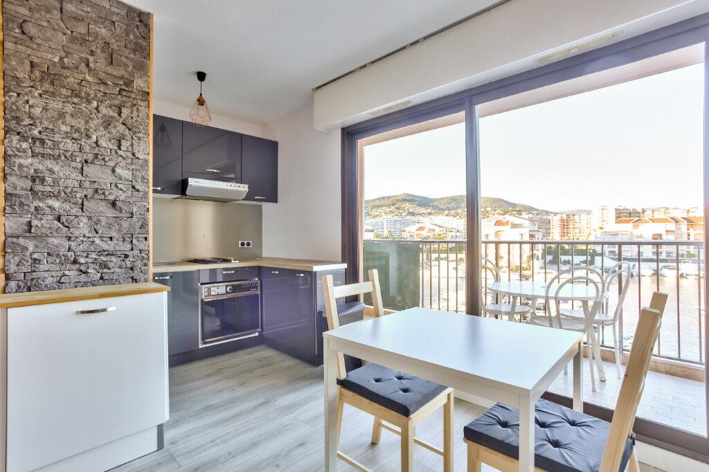 Appartement à louer 1 28.04m2 à Mandelieu-la-Napoule vignette-7