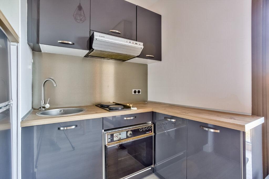Appartement à louer 1 28.04m2 à Mandelieu-la-Napoule vignette-8