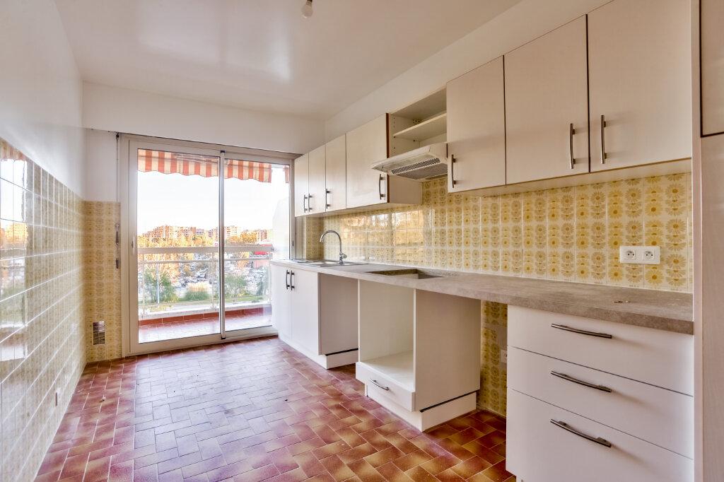 Appartement à louer 3 73.5m2 à Mandelieu-la-Napoule vignette-6