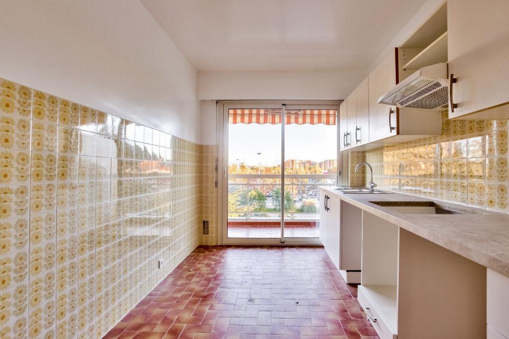 Appartement à louer 3 73.5m2 à Mandelieu-la-Napoule vignette-7