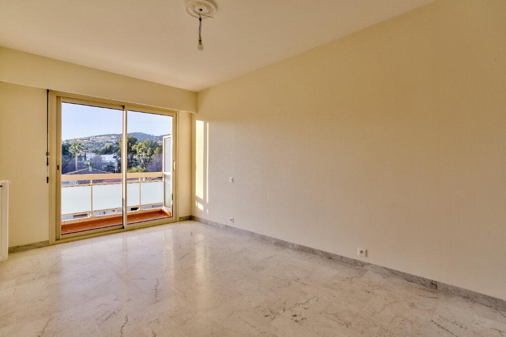 Appartement à louer 3 73.5m2 à Mandelieu-la-Napoule vignette-8