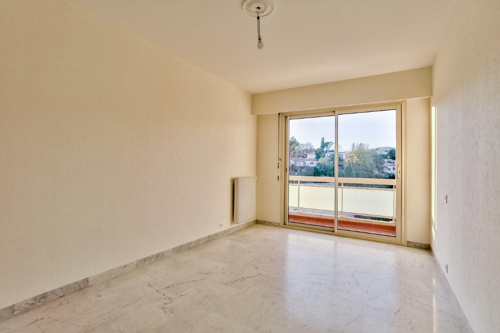 Appartement à louer 3 73.5m2 à Mandelieu-la-Napoule vignette-9