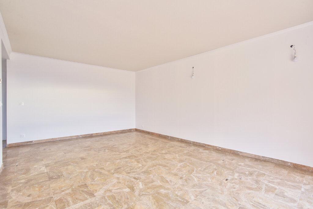 Appartement à louer 3 80.7m2 à Mandelieu-la-Napoule vignette-9