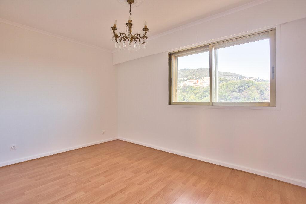 Appartement à louer 3 80.7m2 à Mandelieu-la-Napoule vignette-12