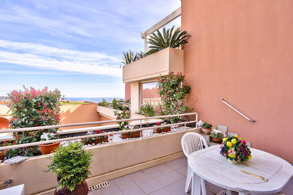 Appartement à vendre 5 130.46m2 à Mandelieu-la-Napoule vignette-4