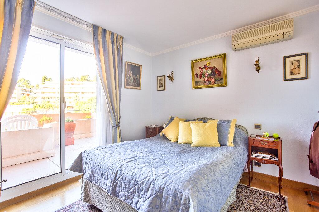 Appartement à vendre 5 130.46m2 à Mandelieu-la-Napoule vignette-14