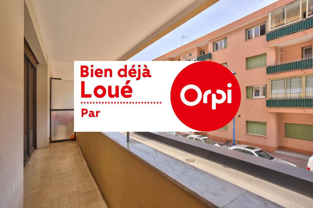 Appartement à louer 3 68.08m2 à Mandelieu-la-Napoule vignette-1