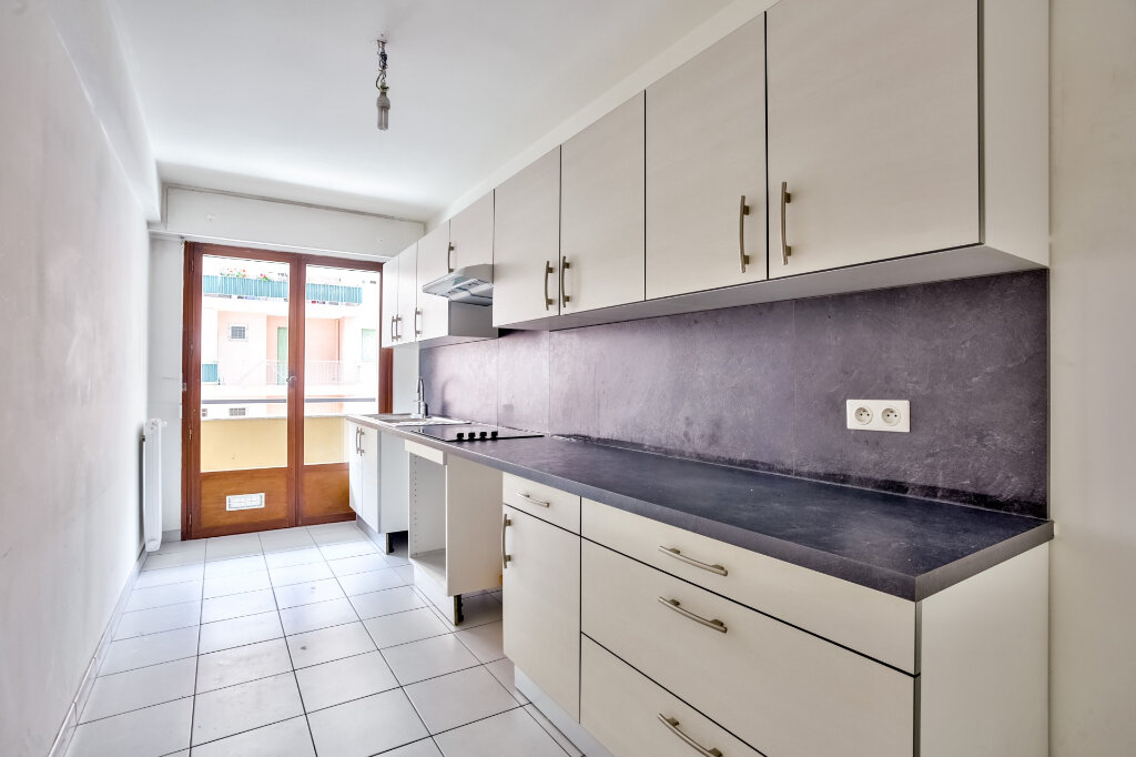 Appartement à louer 3 68.08m2 à Mandelieu-la-Napoule vignette-7