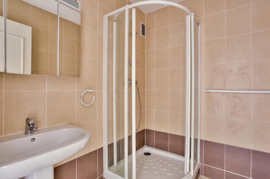 Appartement à louer 3 68.08m2 à Mandelieu-la-Napoule vignette-8