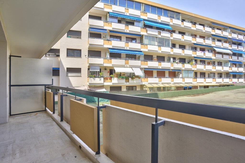 Appartement à louer 3 68.08m2 à Mandelieu-la-Napoule vignette-11