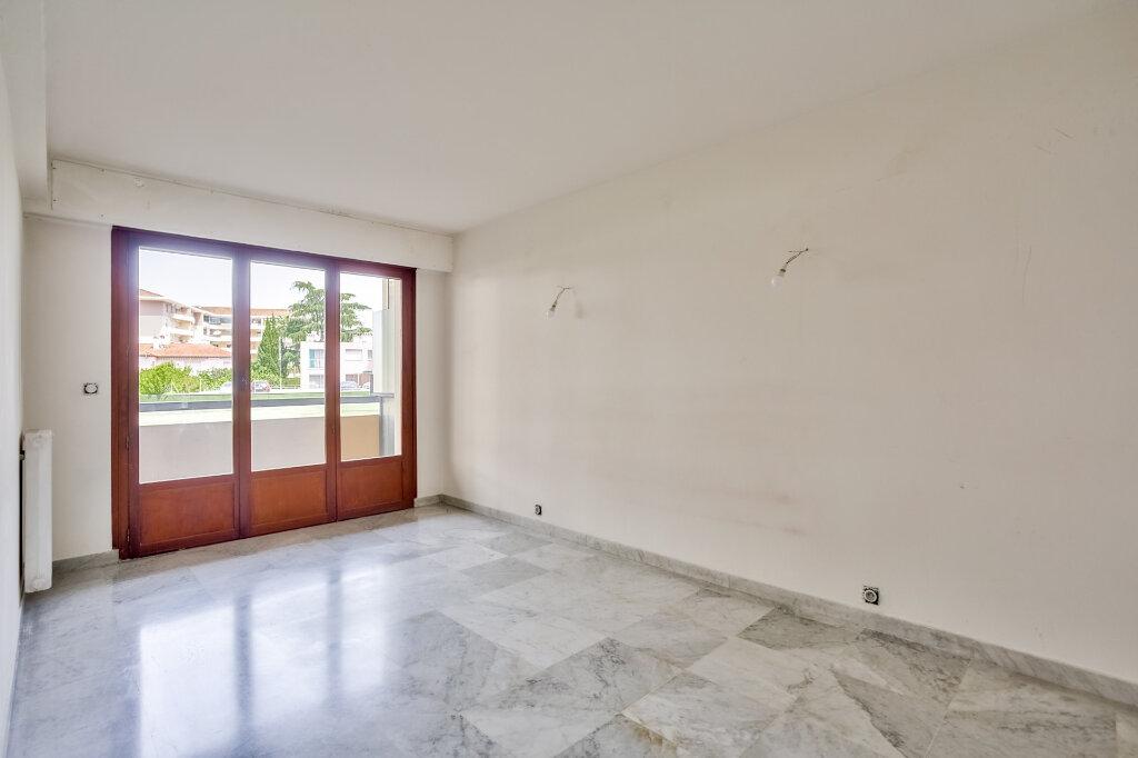 Appartement à louer 3 68.08m2 à Mandelieu-la-Napoule vignette-13