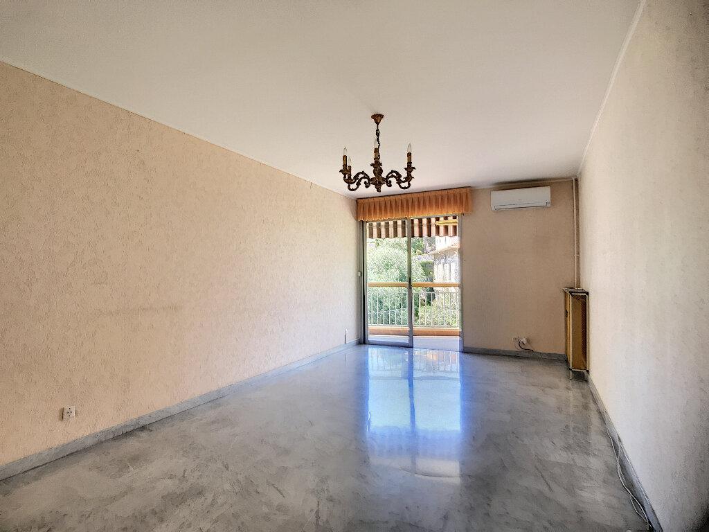 Appartement à vendre 3 70.02m2 à Nice vignette-1