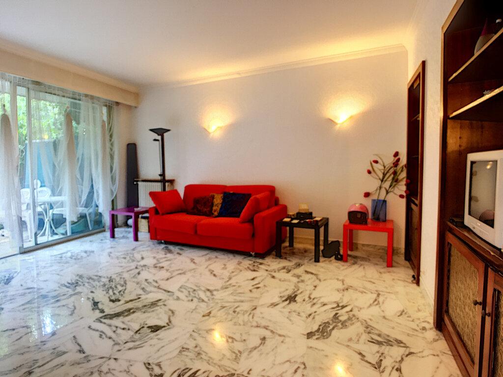 Appartement à vendre 2 60.45m2 à Nice vignette-2