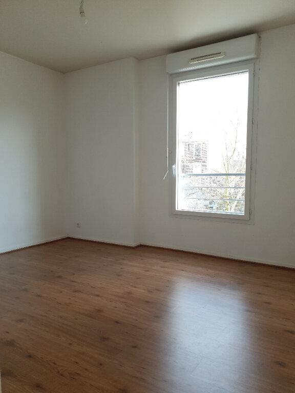 Appartement à louer 4 72m2 à Ivry-sur-Seine vignette-4