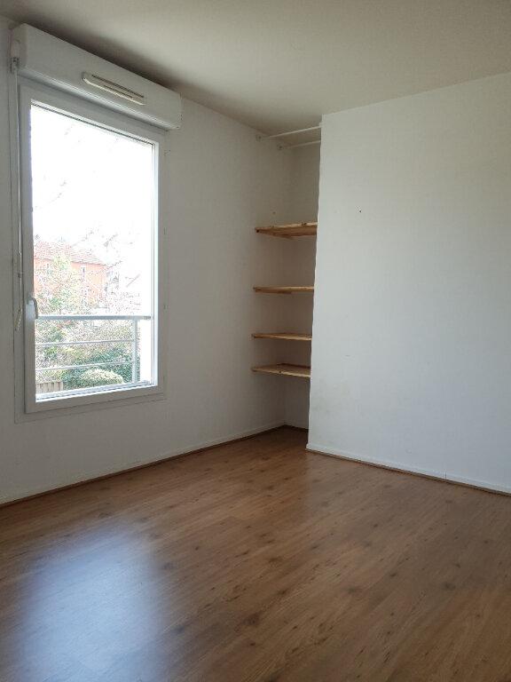 Appartement à louer 4 72m2 à Ivry-sur-Seine vignette-5