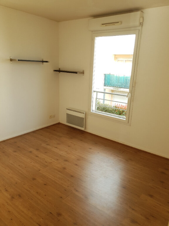 Appartement à louer 4 72m2 à Ivry-sur-Seine vignette-6