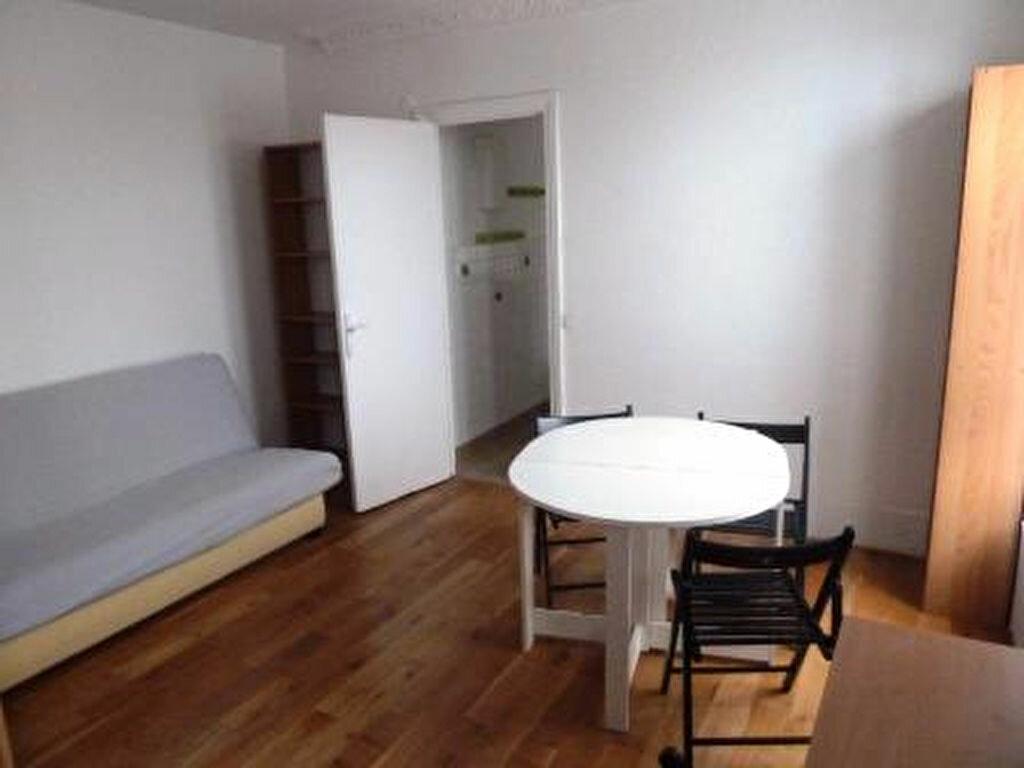 Appartement à louer 1 35.02m2 à Ivry-sur-Seine vignette-2