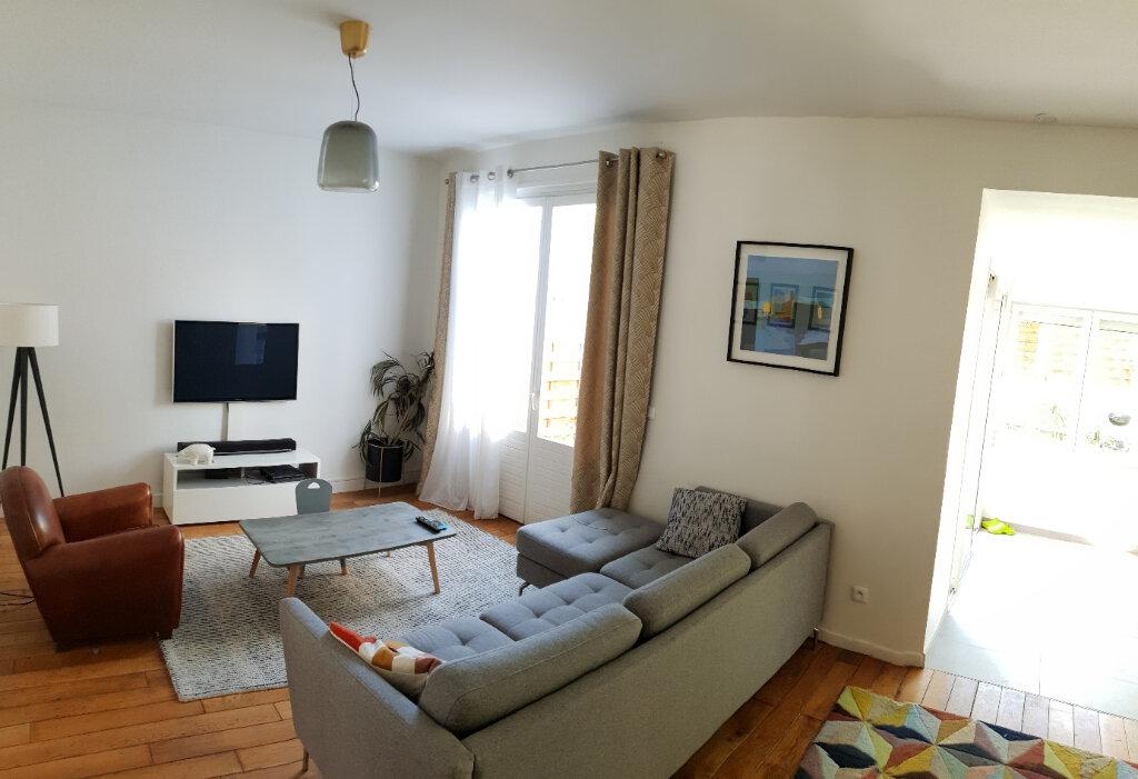 Maison à louer 4 95.18m2 à Ivry-sur-Seine vignette-2