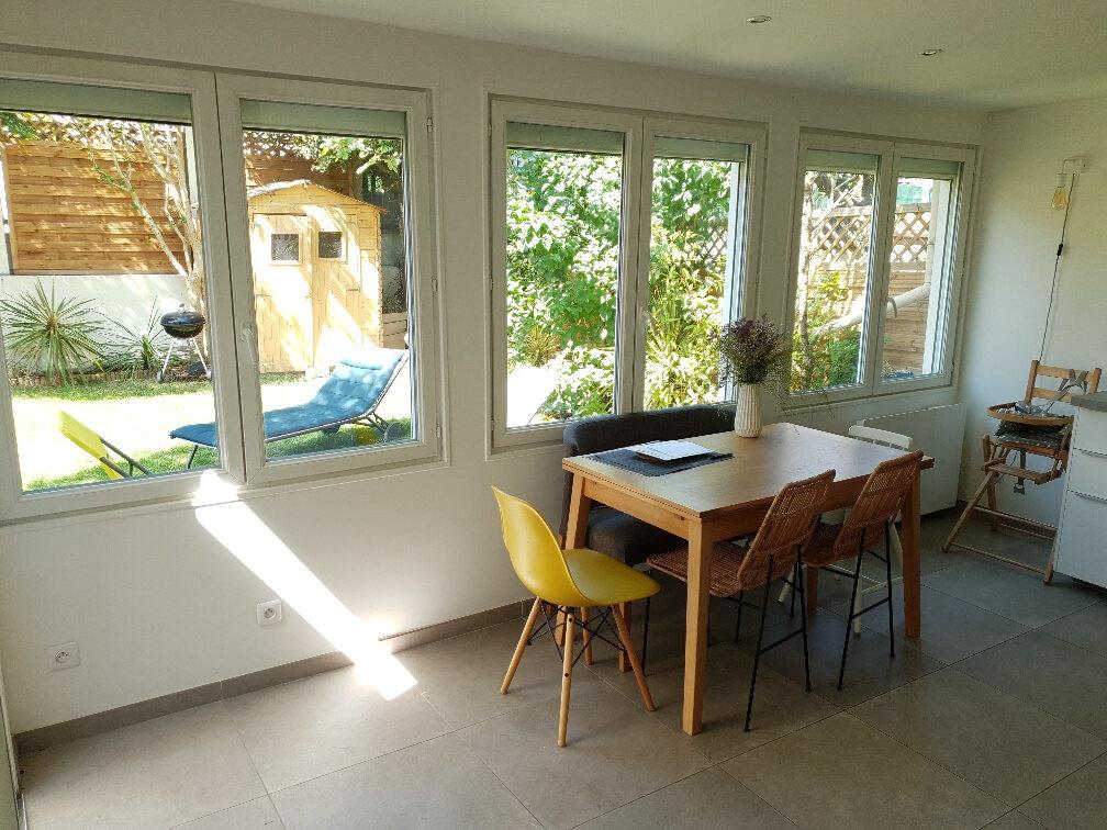 Maison à louer 4 95.18m2 à Ivry-sur-Seine vignette-4